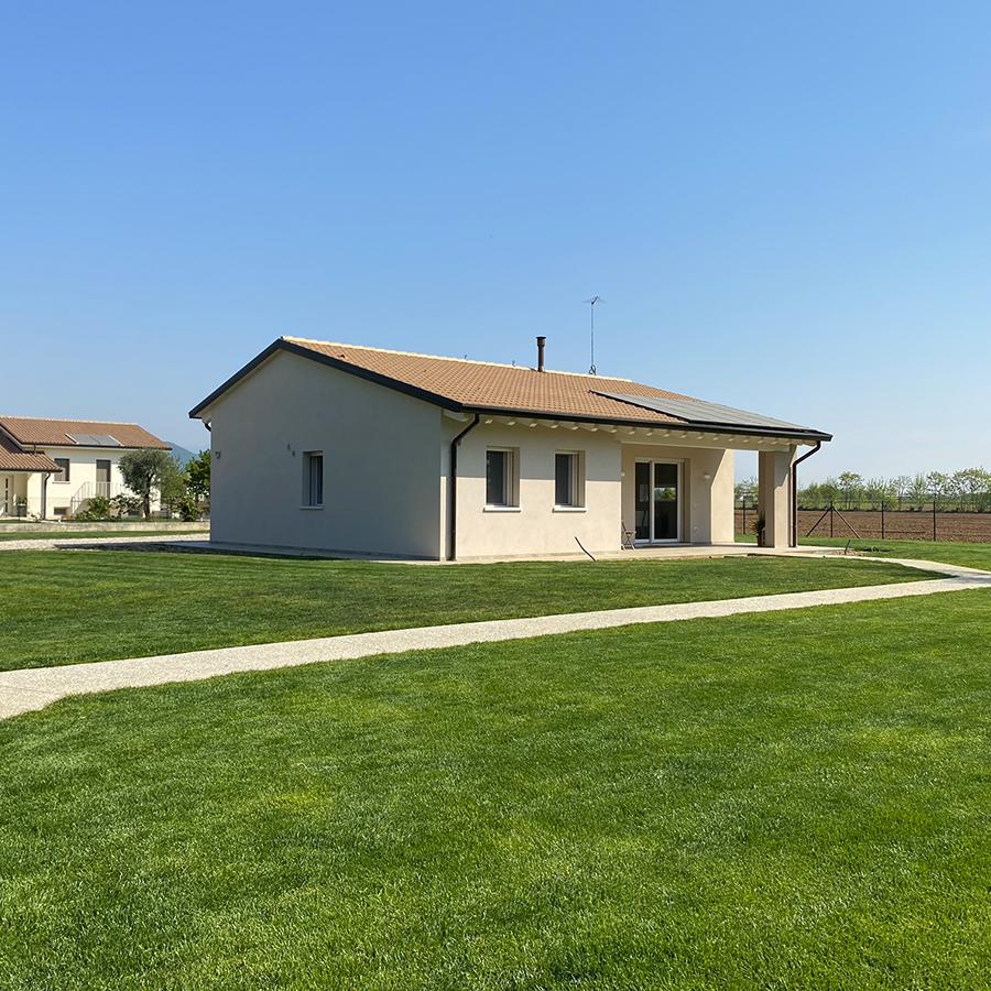 Casa Nuova prefabbricata UozHouse